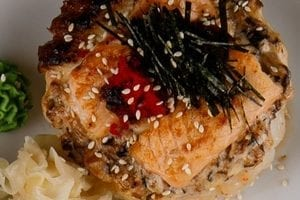 Салат, онигири, рис, супы